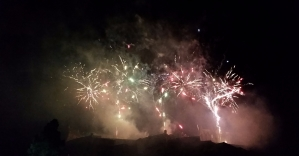 Edinburgh International Festival Fireworks 2016. As seen from the bandstand concert in Princes Street Gardens. Picture by Catriona Koris.